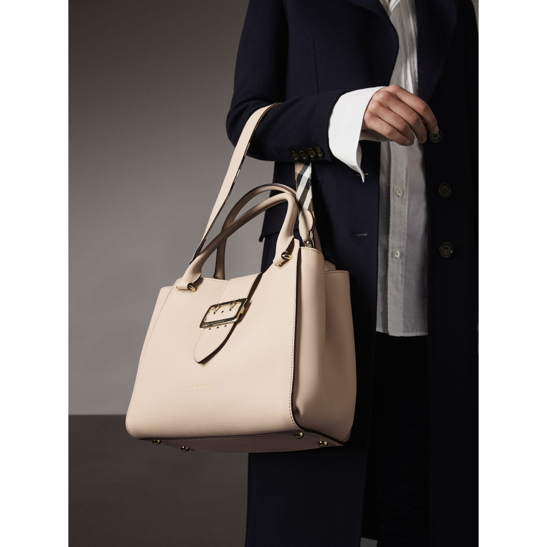 The Medium Buckle Tote in Grainy Leather in Limestone - Women | Burberry - gallery image 4