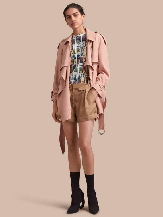 Trench coat a scialle in seta Rosa Cenere