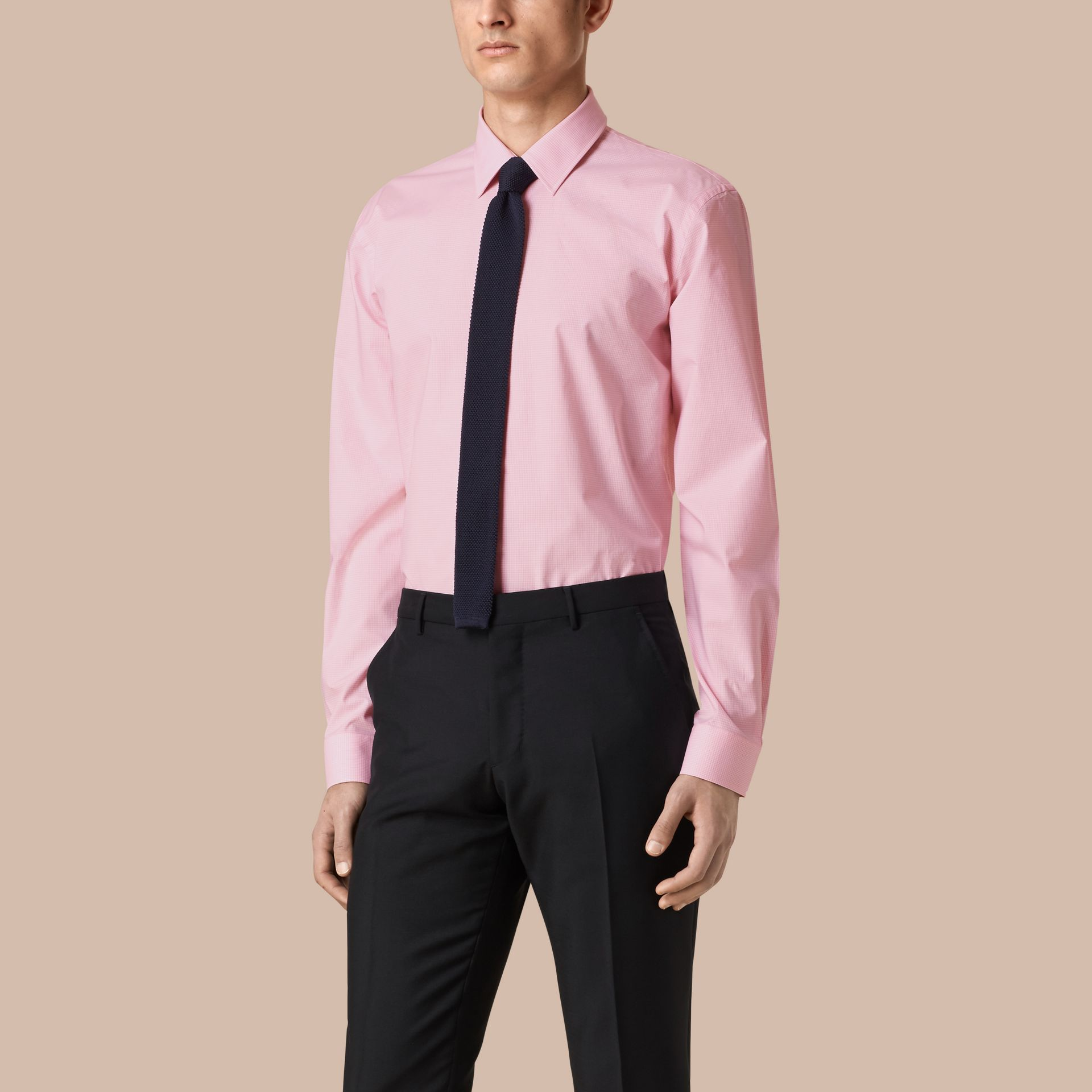 Modern Fit Gingham Cotton Poplin Shirt in City Pink - gallery image 1