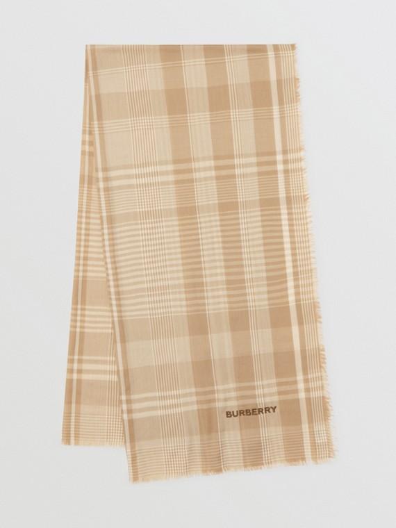 Echarpe leve de cashmere com estampa xadrez e logotipo bordado (Bege Clássico/branco)