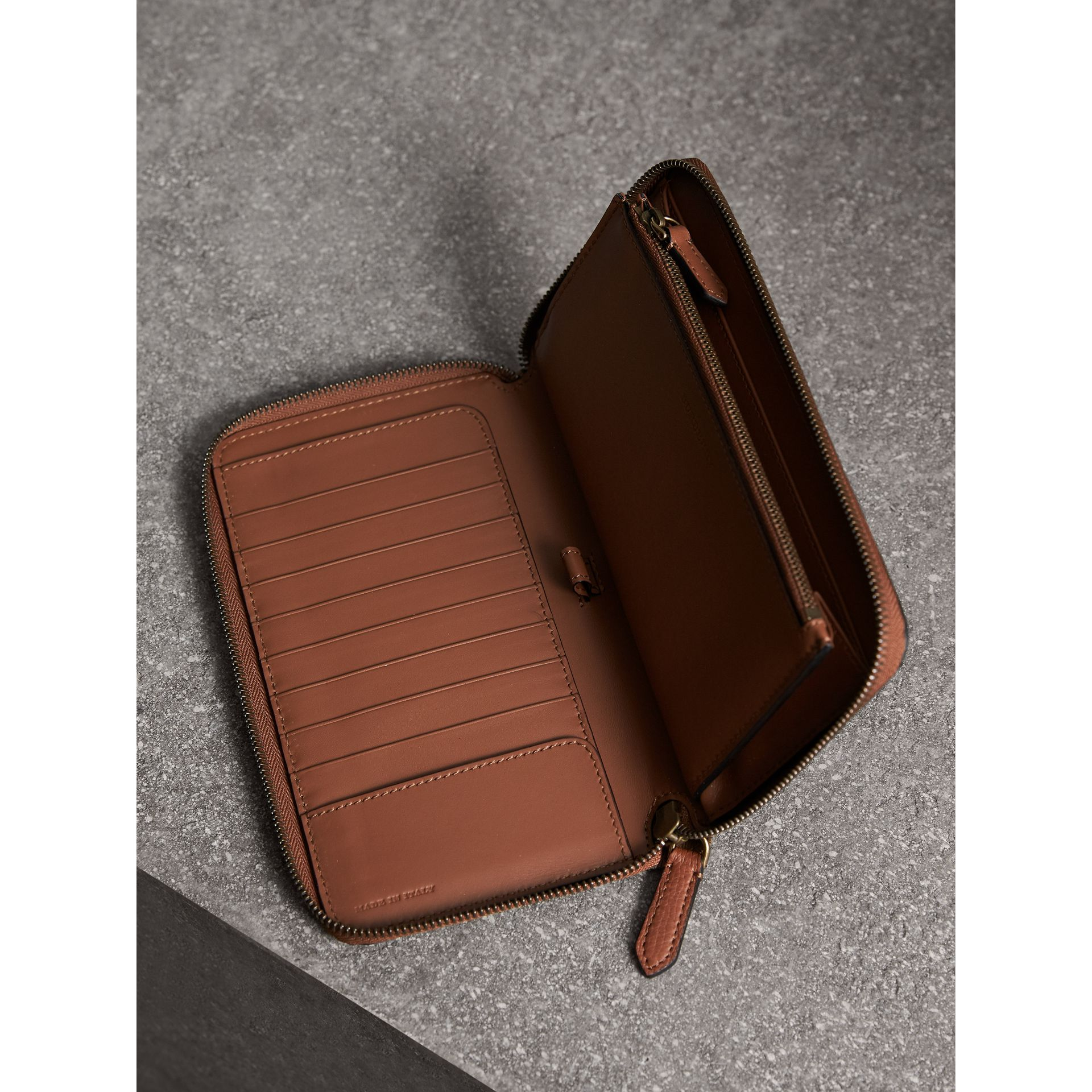 House Check and Grainy Leather Ziparound Wallet in Chestnut Brown - Men | Burberry - gallery image 4
