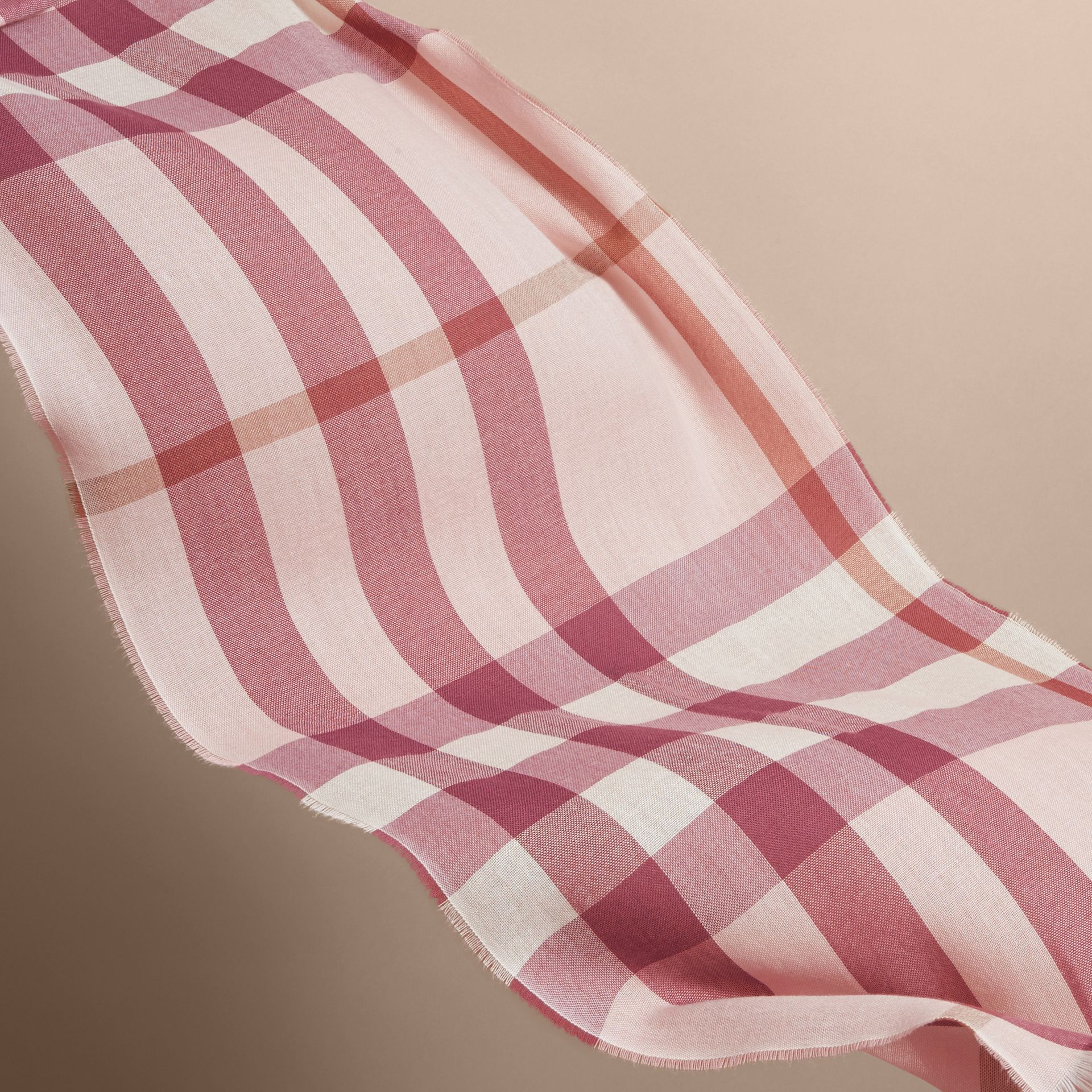 Lightweight Check Wool Cashmere Scarf in Chalk Pink | Burberry - gallery image 4