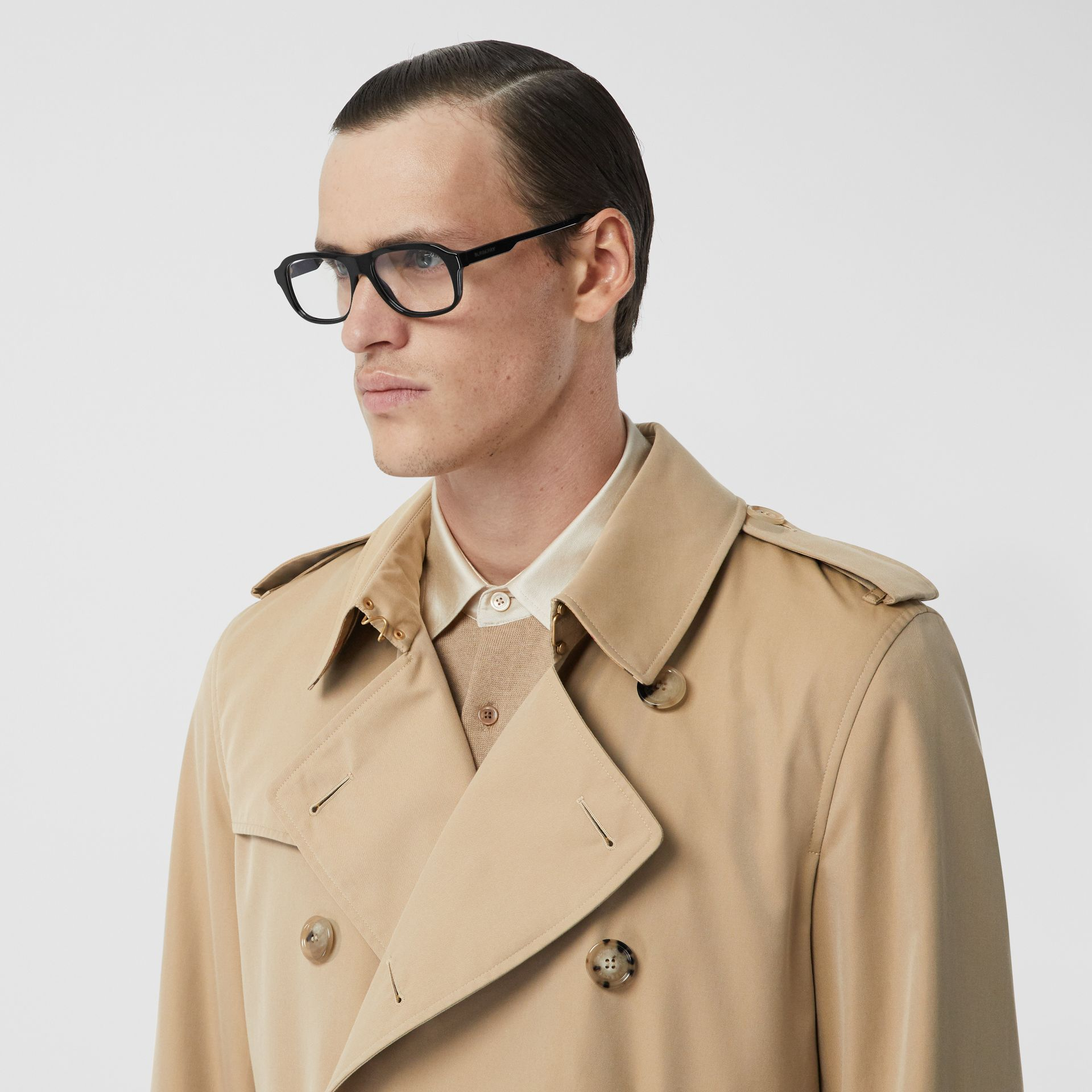The Long Kensington Heritage Trench Coat in Honey - Men | Burberry - gallery image 11
