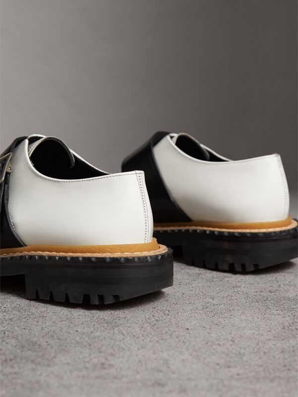 Buckle Detail Woven-toe Leather Shoes in Off White - Women | Burberry - cell image 3