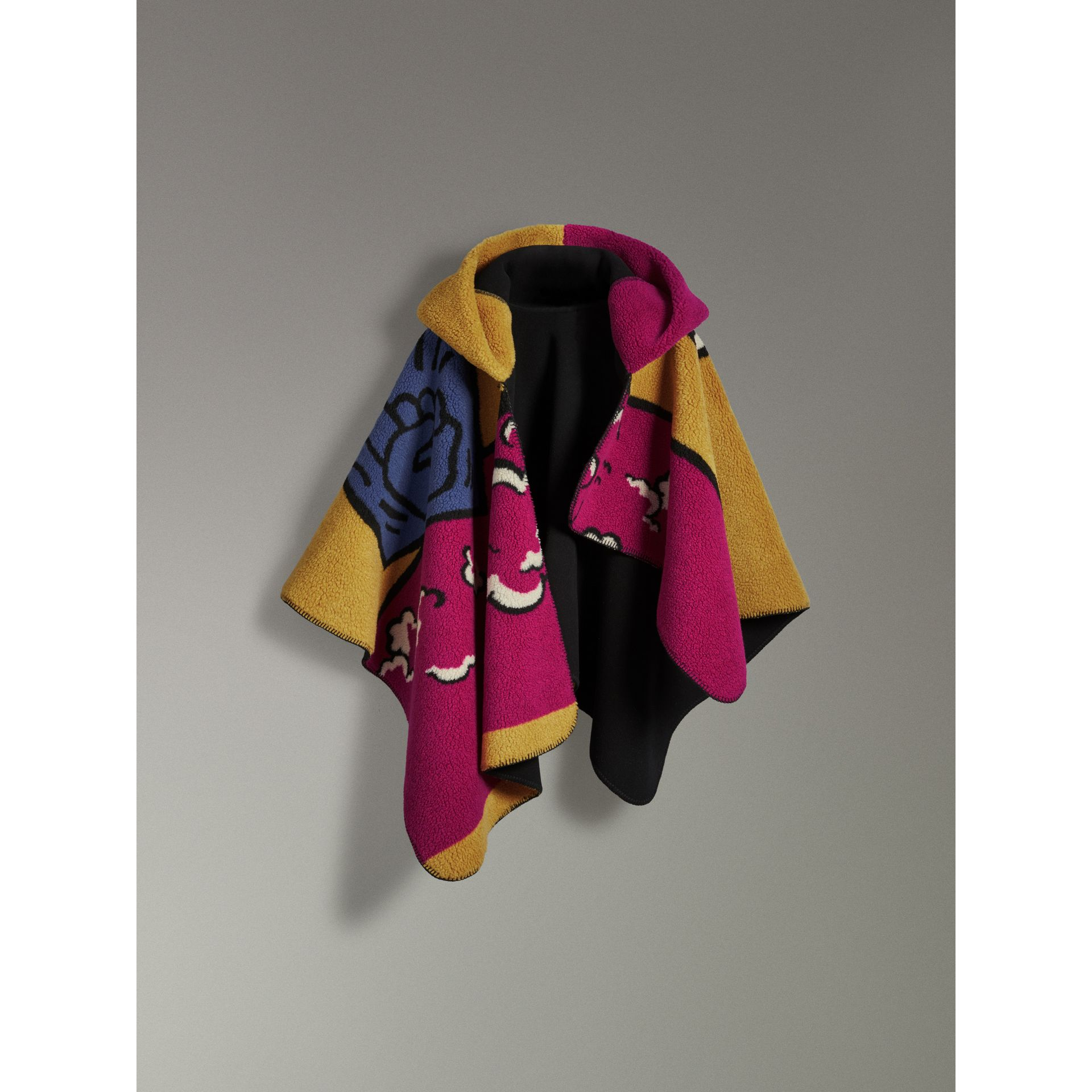 Poster Graphic Fleece Jacquard Hooded Poncho in Multicolour - Women | Burberry Canada - gallery image 3