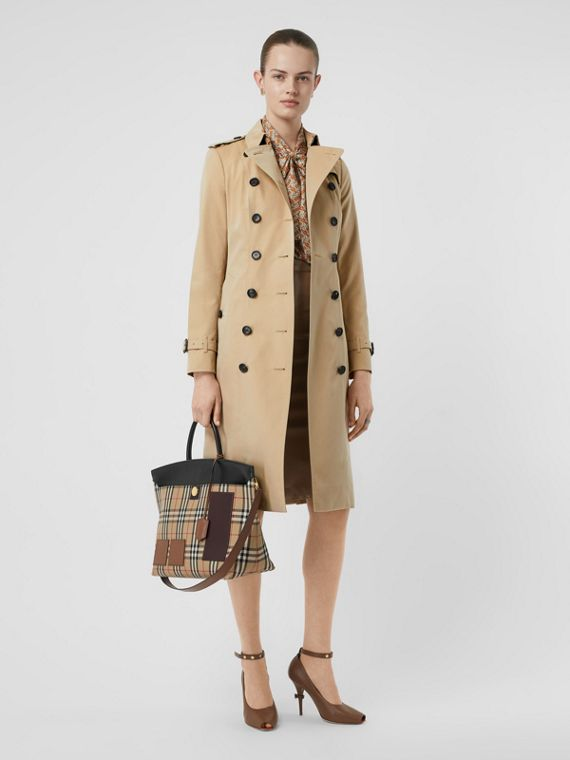 The Sandringham – Extra-long Trench Coat in Honey