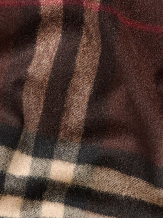 Dark chestnut brown check The Classic Cashmere Scarf in Check Dark Chestnut Brown - cell image 3
