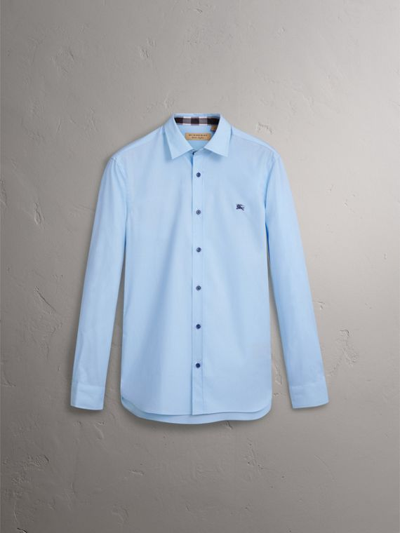 Resin Button Cotton Poplin Shirt in Pale Blue - Men | Burberry United Kingdom - cell image 3