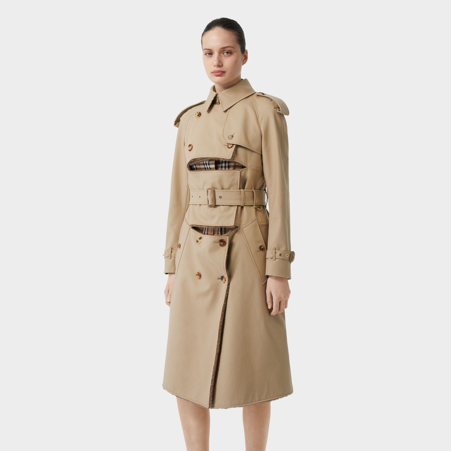 Deconstructed Cotton and Shearling Trench Coat in Honey - Women | Burberry Singapore - gallery image 4