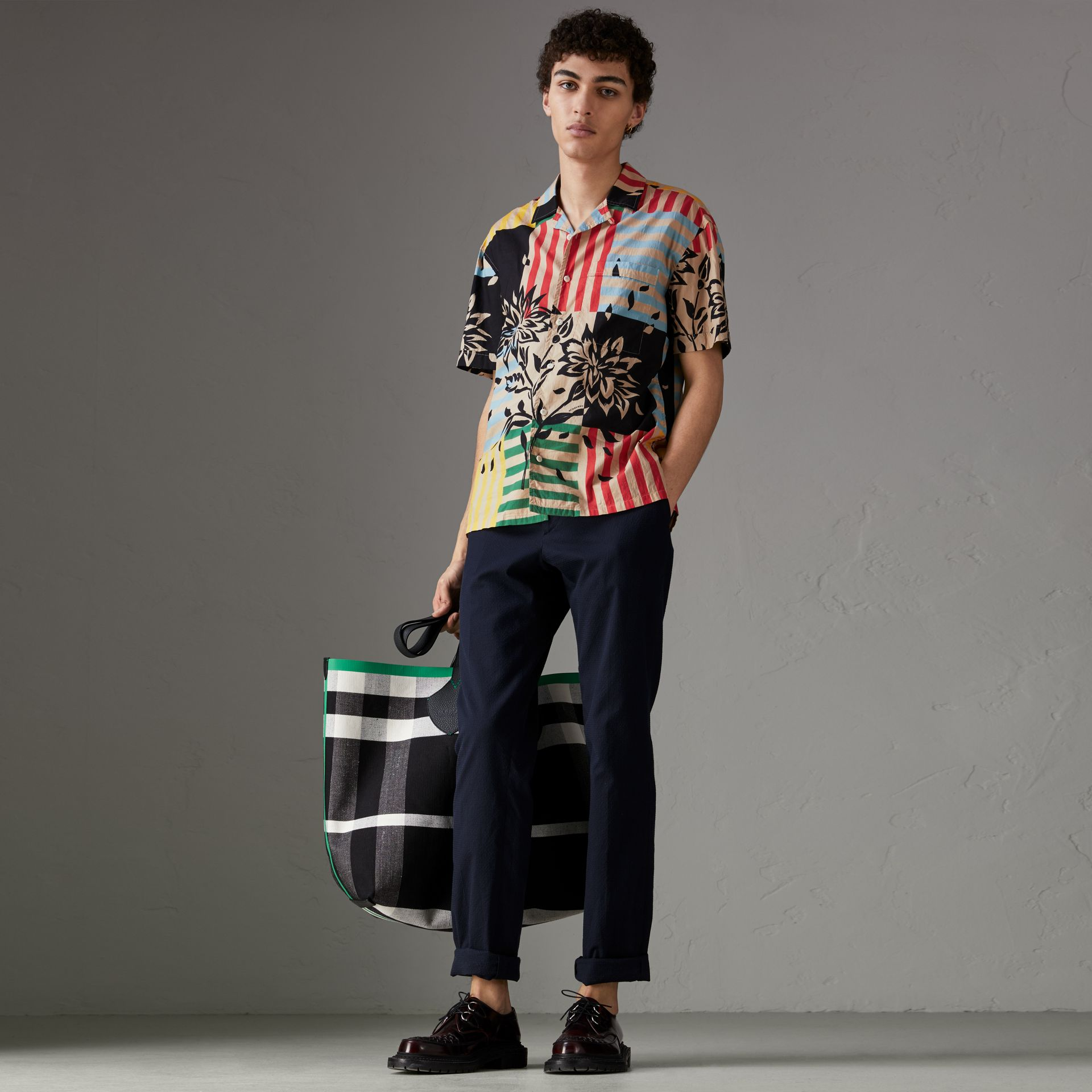 Short-sleeve Floral Stripe Print Cotton Shirt in Steel Blue - Men | Burberry - gallery image 0