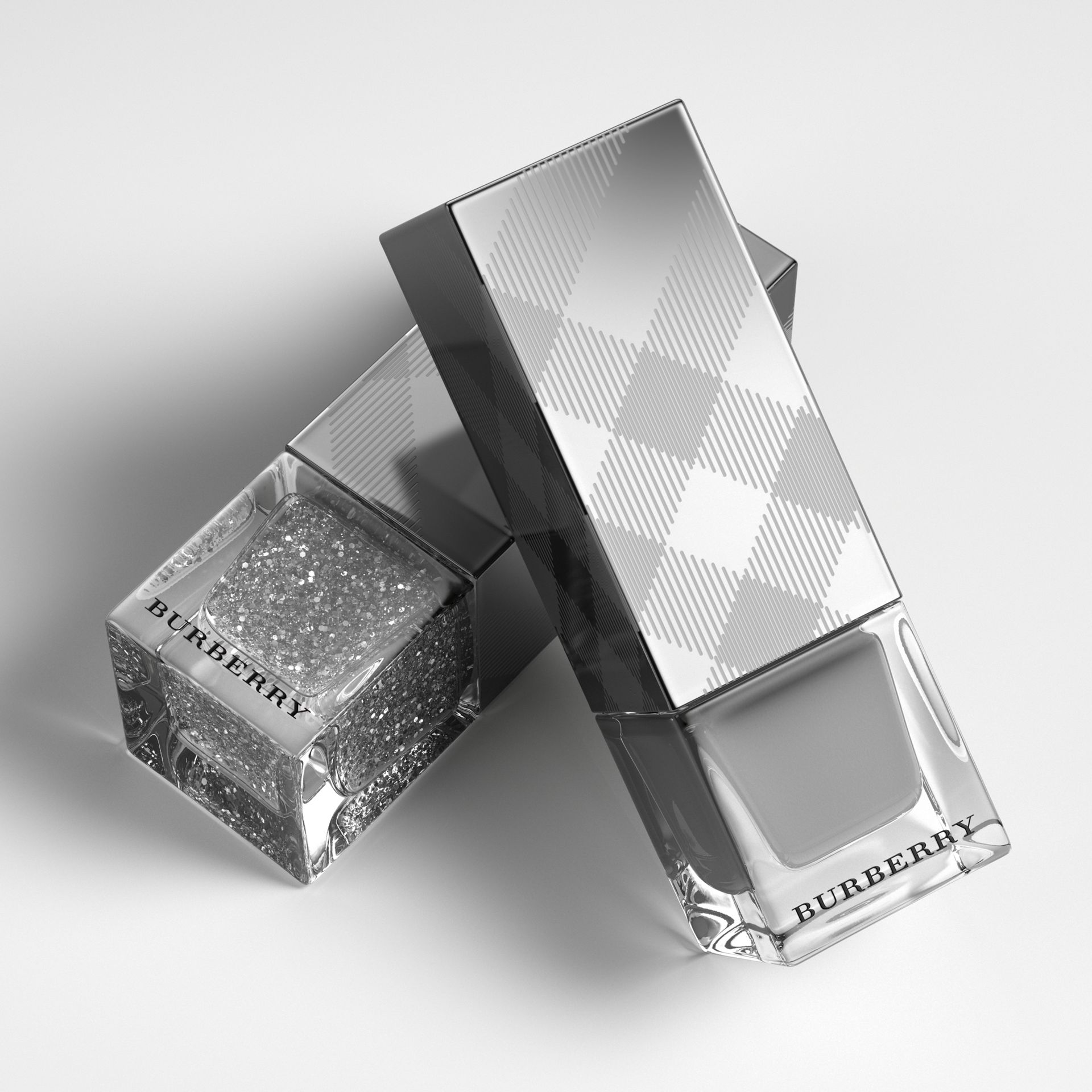 Nail Polish – Silver Glitter No.453 - Women | Burberry - gallery image 3