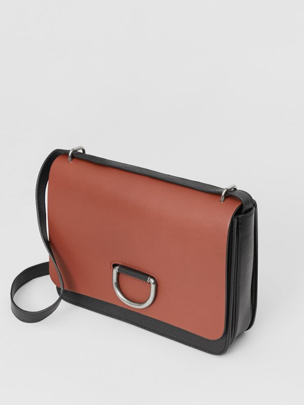 The Medium Leather D-ring Bag in Tan/black - Women | Burberry Canada - cell image 3