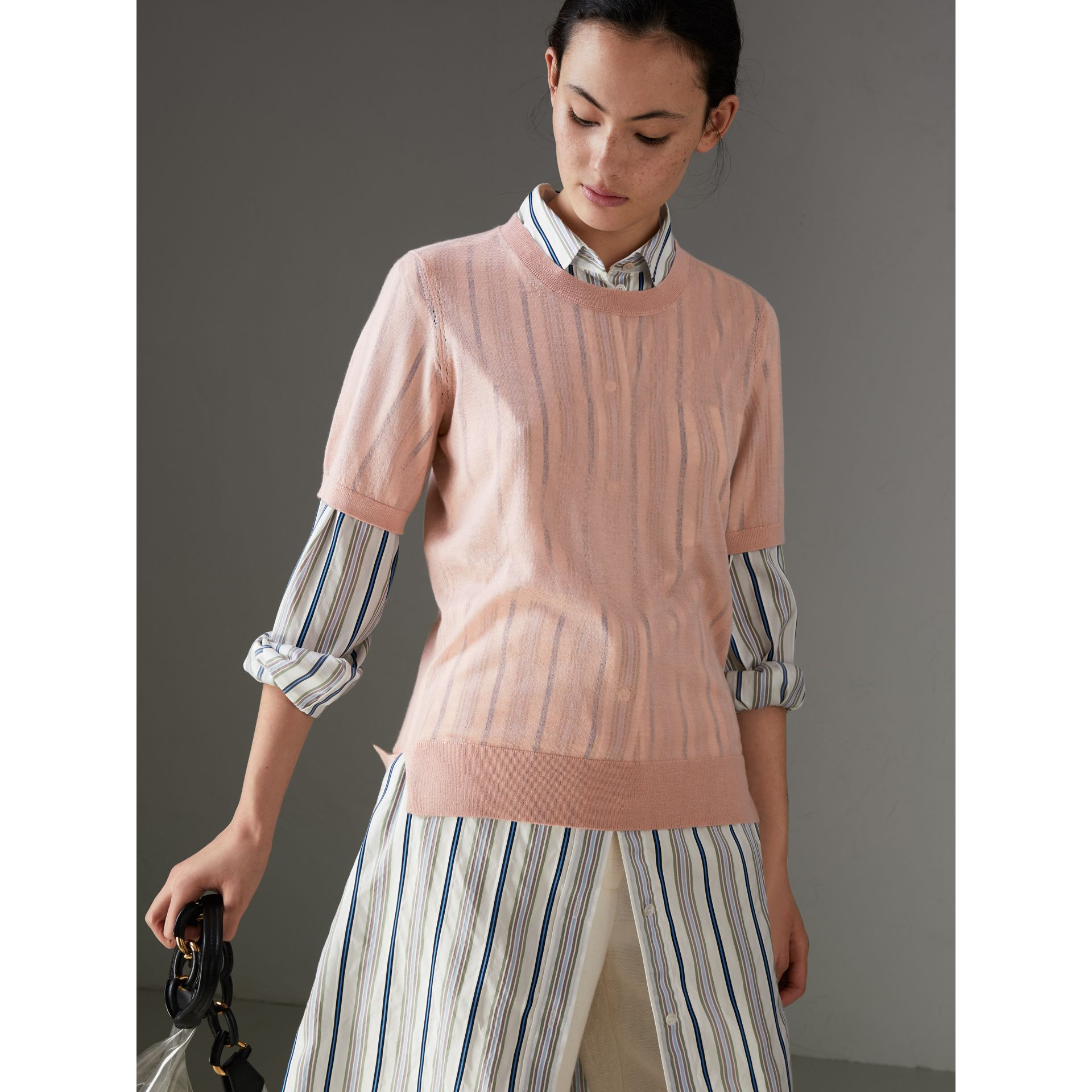 Short-sleeve Cashmere Sweater in Thistle Pink - Women | Burberry - gallery image 4