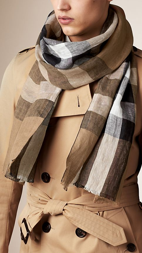 House check/black Check Linen Scarf - Image 3