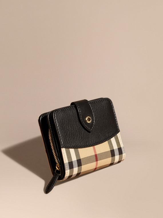 Horseferry Check and Leather Wallet in Black