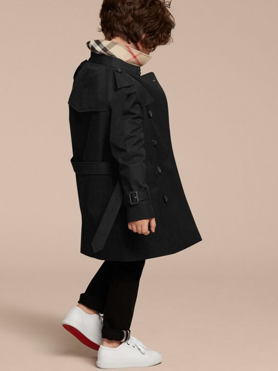 The Wiltshire – Heritage Trench Coat in Black - Boy | Burberry Canada - cell image 3