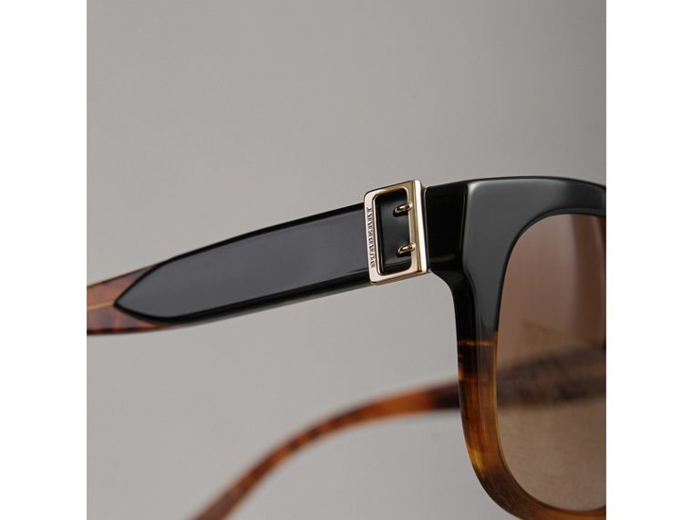 Buckle Detail Square Frame Sunglasses in Black - Women | Burberry United Kingdom - cell image 1