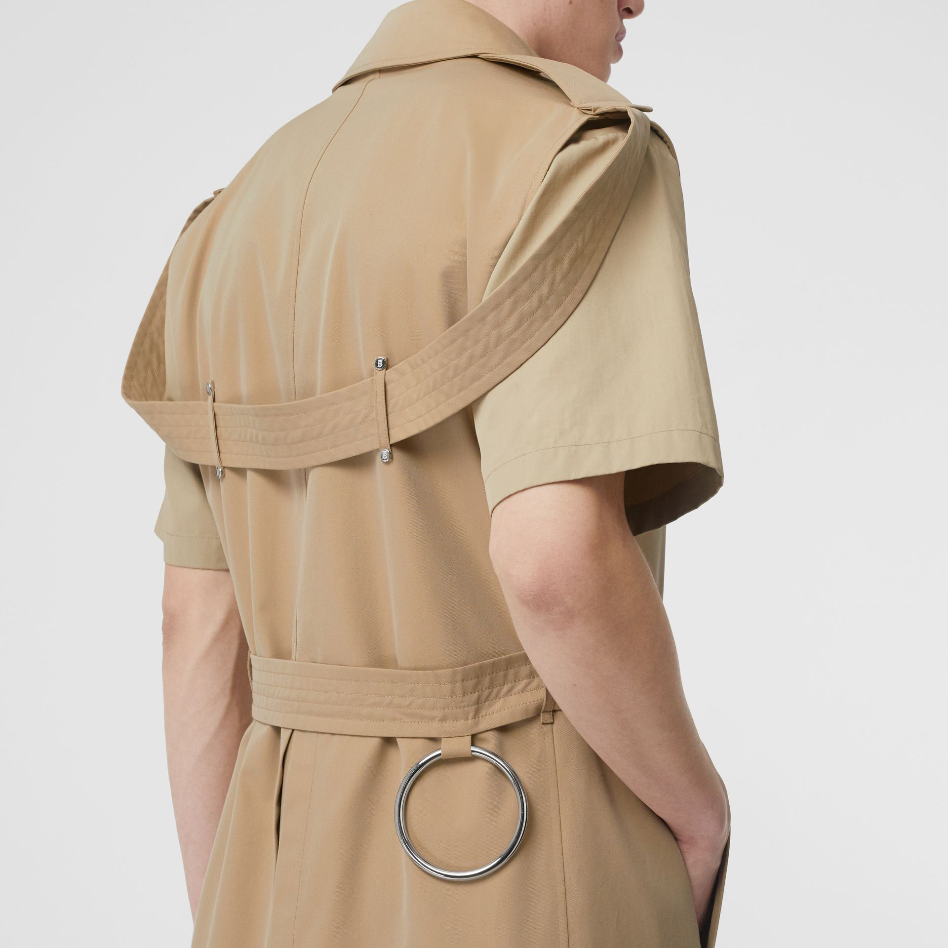 Sleeveless Cotton Gabardine Trench Coat in Honey | Burberry Australia - gallery image 4