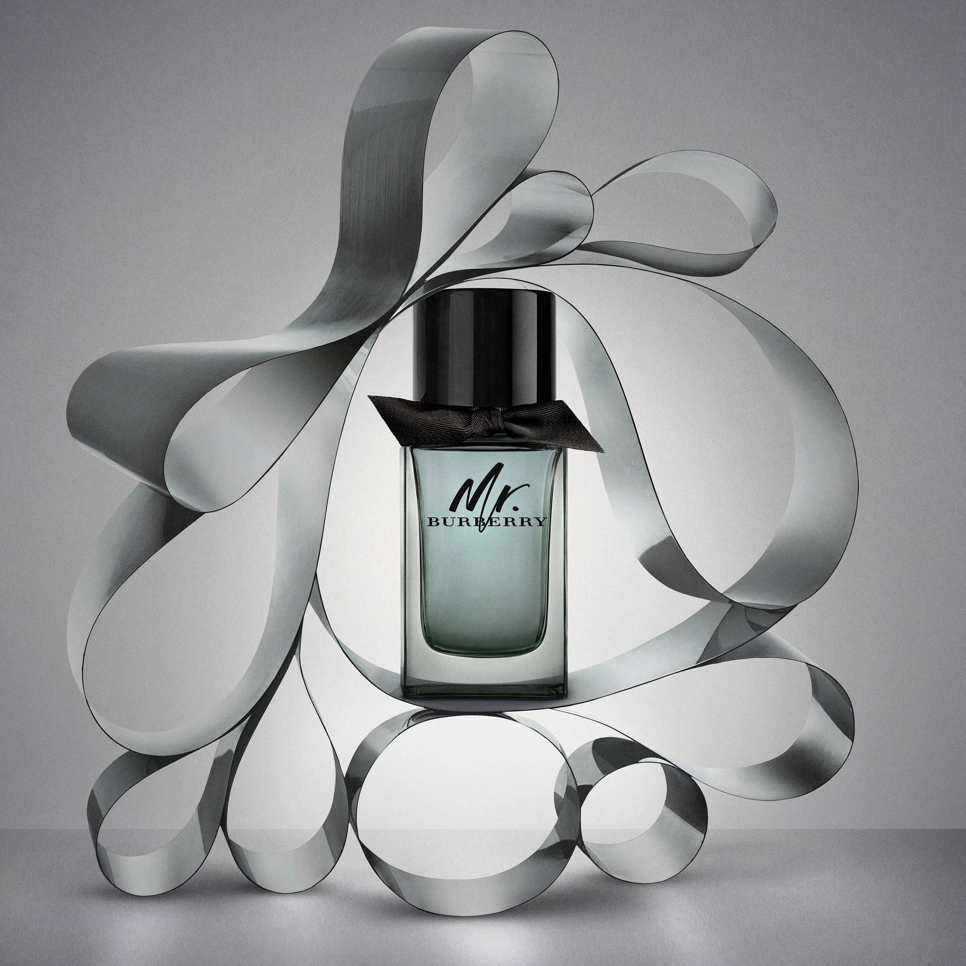 Mr. Burberry Eau de Toilette Festive Luxury Set in No Colour - Men | Burberry - gallery image 2