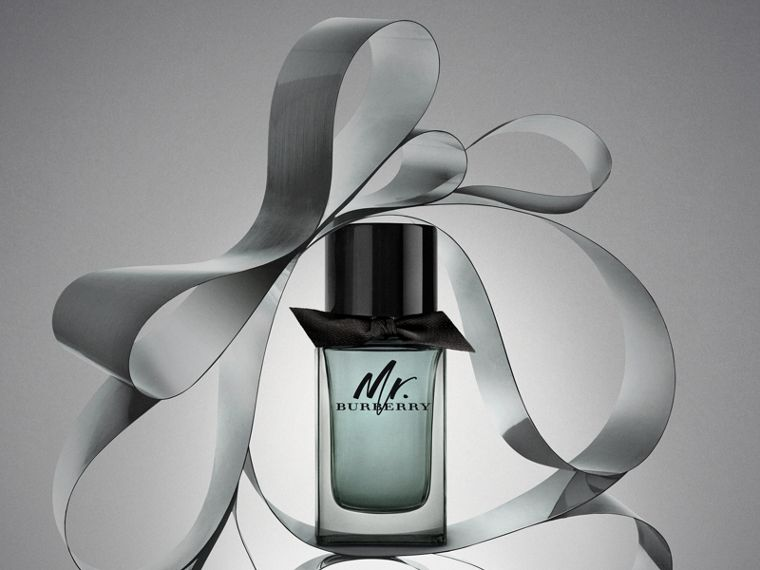 Mr. Burberry Eau de Toilette Festive Luxury Set in No Colour - Men | Burberry - cell image 1
