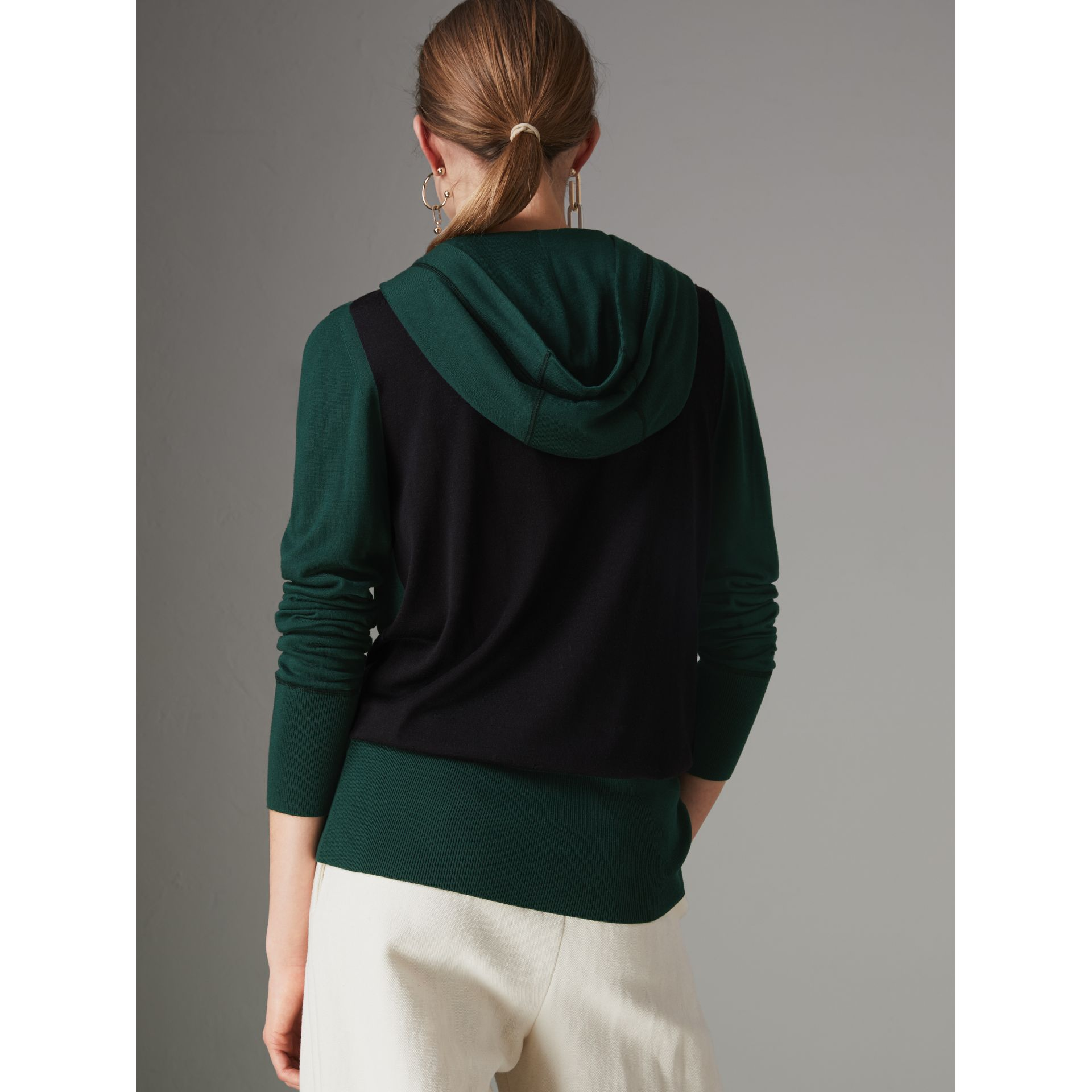 Embroidered Silk Cashmere Hoodie in Pigment Green - Women | Burberry United Kingdom - gallery image 2