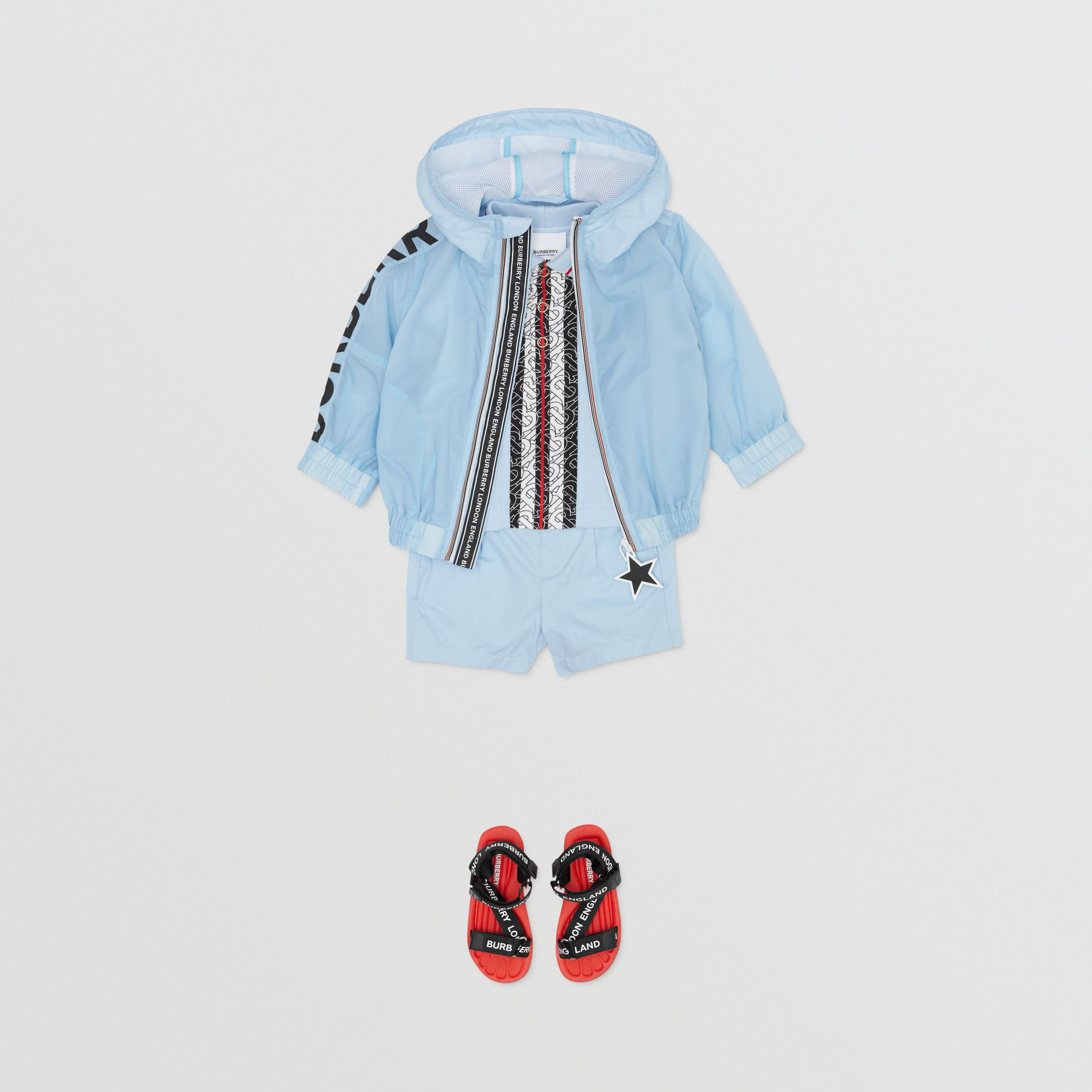 Star Detail Logo Print Lightweight Hooded Jacket in Light Blue - Children | Burberry United Kingdom - gallery image 3