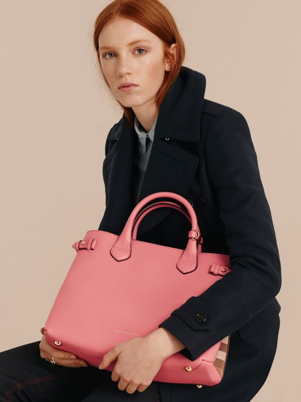 The Medium Banner in Leather and House Check in Mauve Pink - Women | Burberry - cell image 2