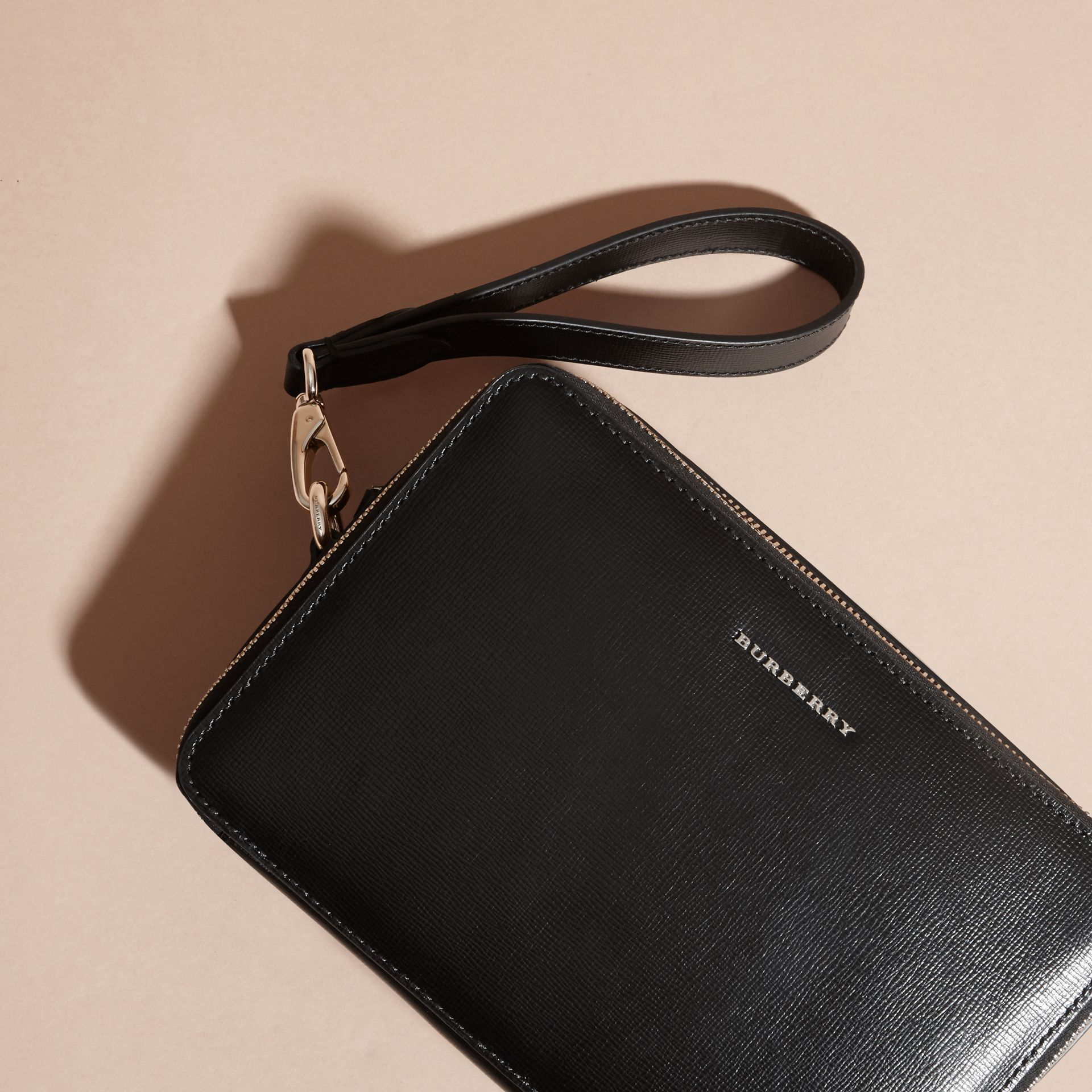 London Leather Pouch Black - gallery image 3