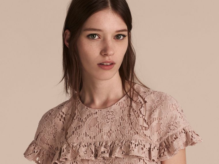 Nude Mid-length Lace Shift Dress with Ruffle Detail - cell image 4