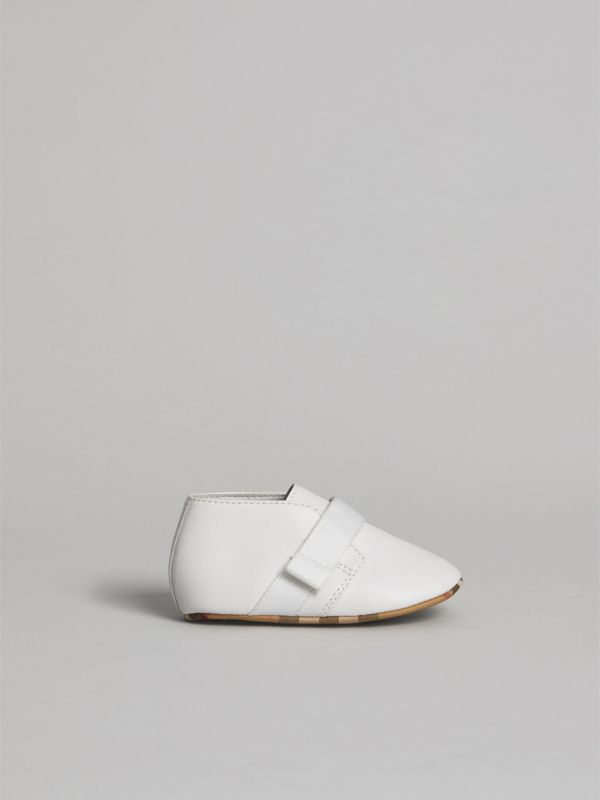 Leather and Vintage Check Shoes in Optic White - Children | Burberry - cell image 3