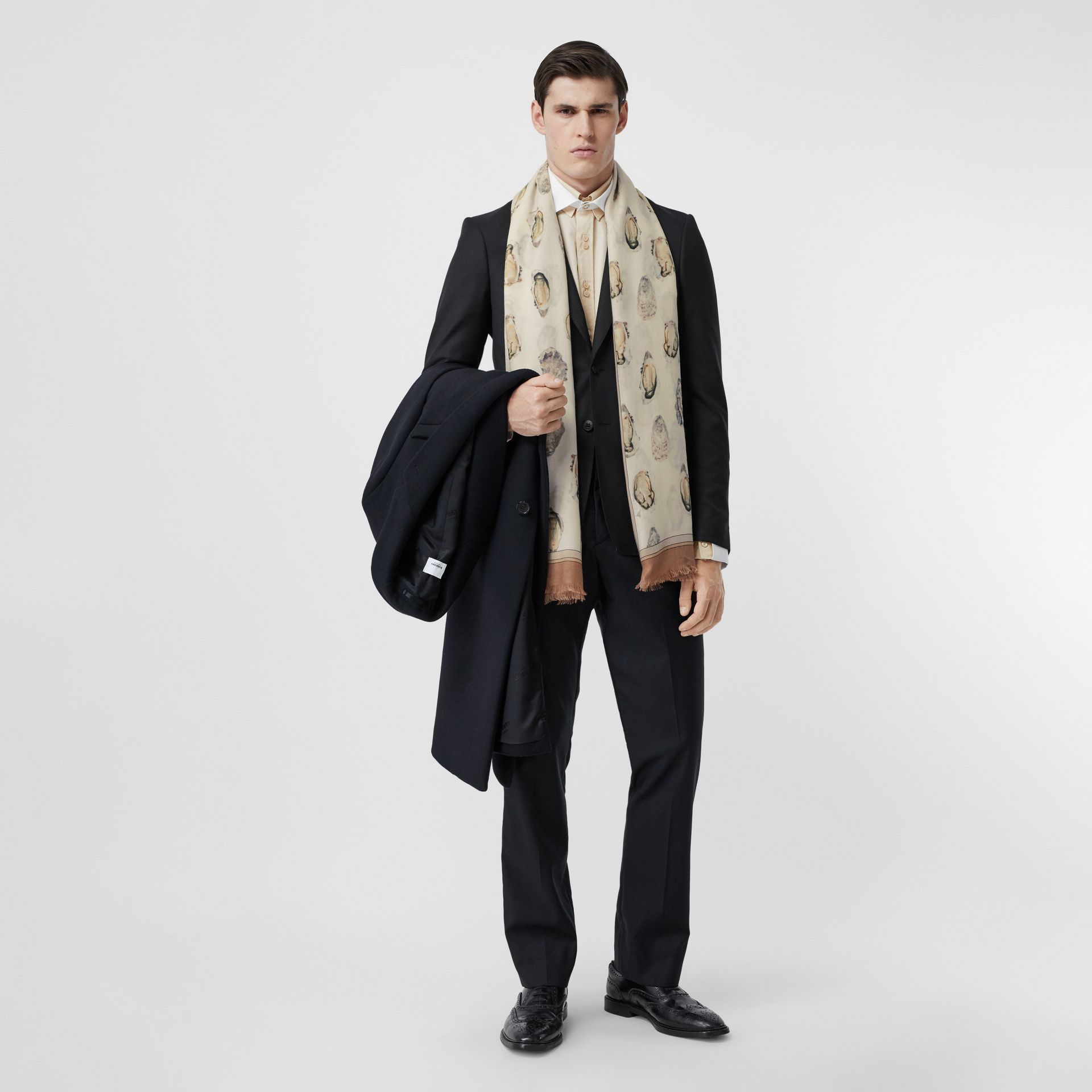 Oyster Print Lightweight Cashmere Scarf in White | Burberry United Kingdom - gallery image 7