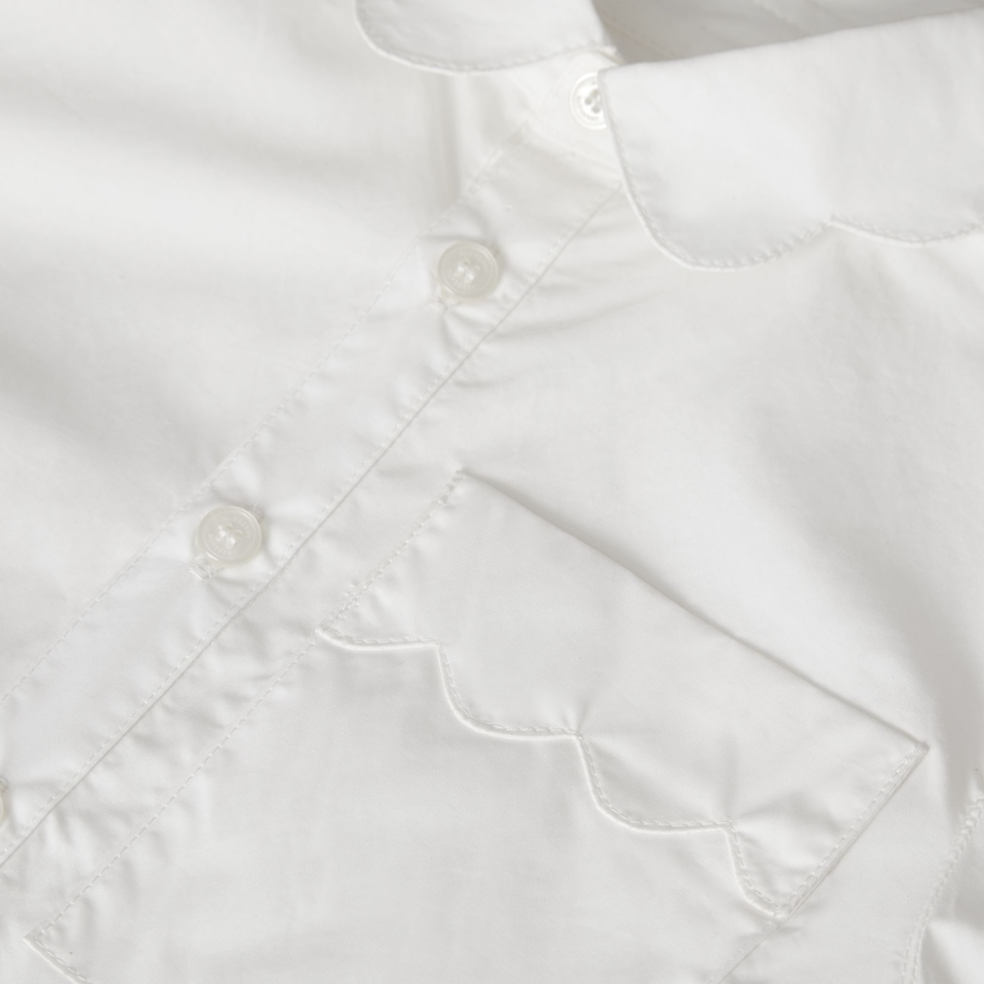 Scallop Detail Stretch Cotton Poplin Shirt in White | Burberry - gallery image 1