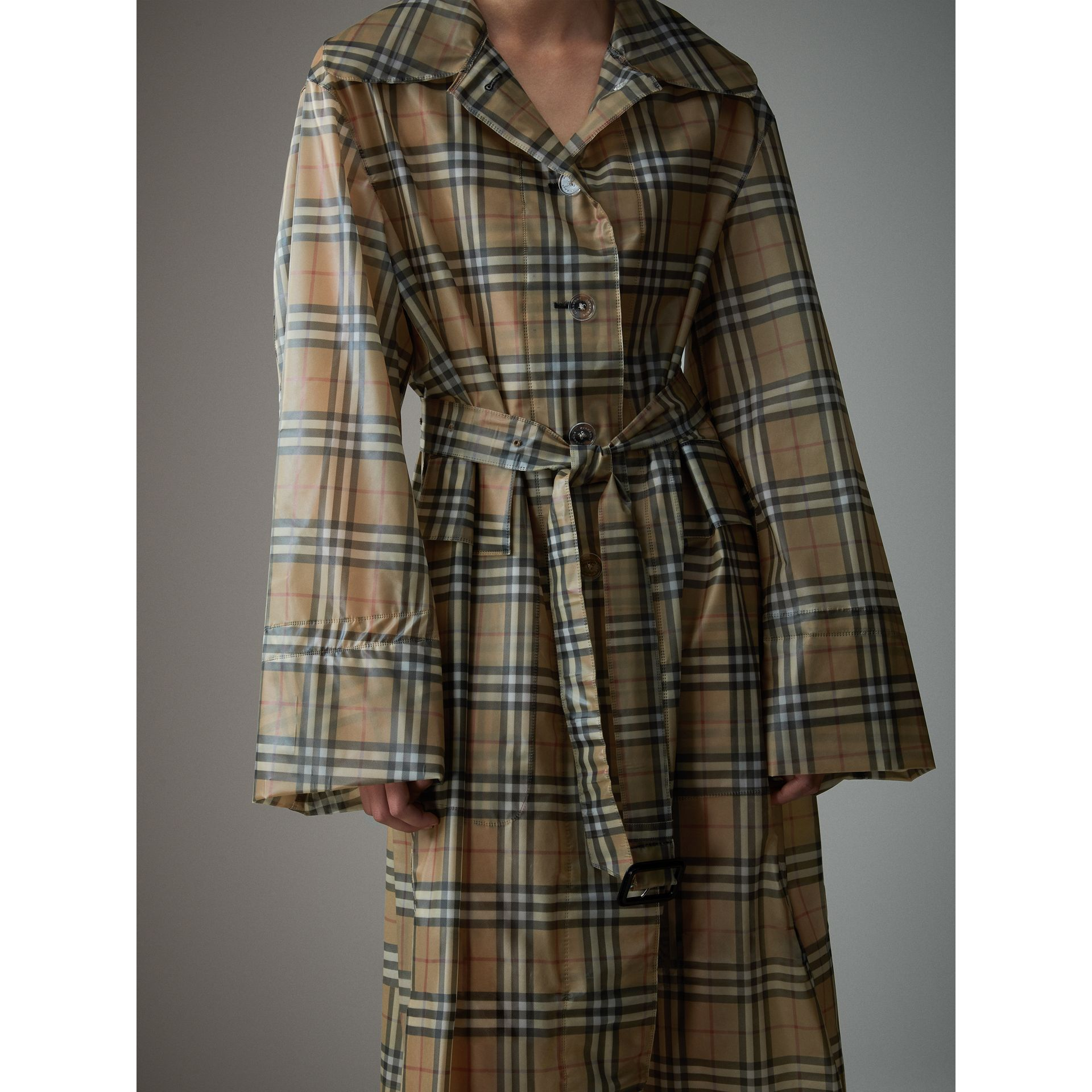 Vintage Check Soft-touch Plastic Single-breasted Coat in Antique Yellow - Women | Burberry Singapore - gallery image 4