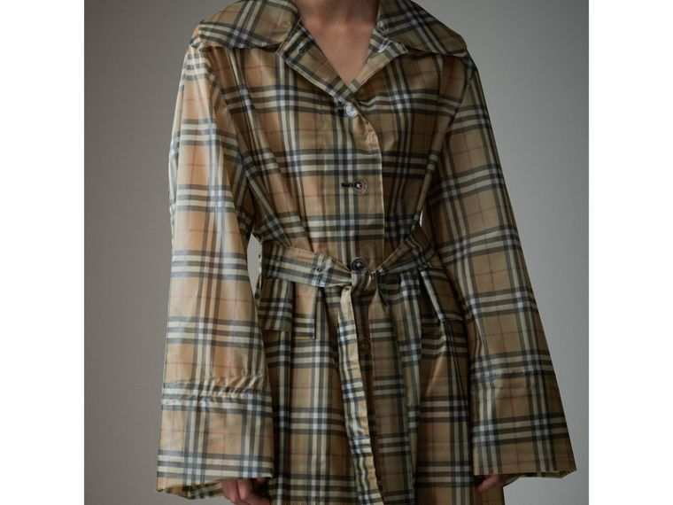 Vintage Check Soft-touch Plastic Single-breasted Coat in Antique Yellow - Women | Burberry Australia - cell image 4