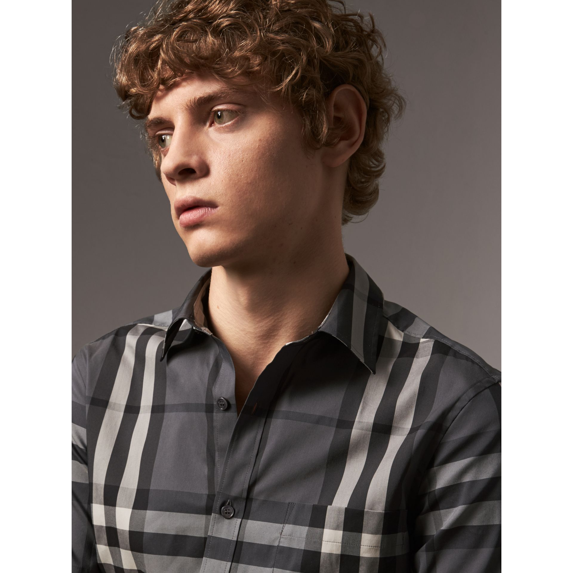 Short-sleeved Check Stretch Cotton Shirt in Charcoal - Men | Burberry United Kingdom - gallery image 1