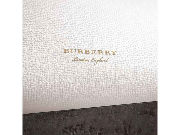 The Small Banner in Leather and House Check in Natural - Women | Burberry Canada - cell image 1