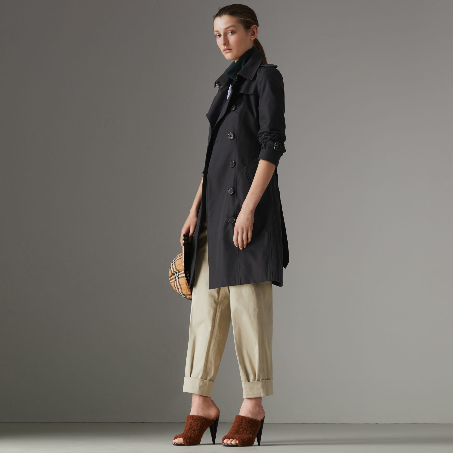 The Chelsea Heritage Trench Coat in Midnight - Women | Burberry Australia - gallery image 0
