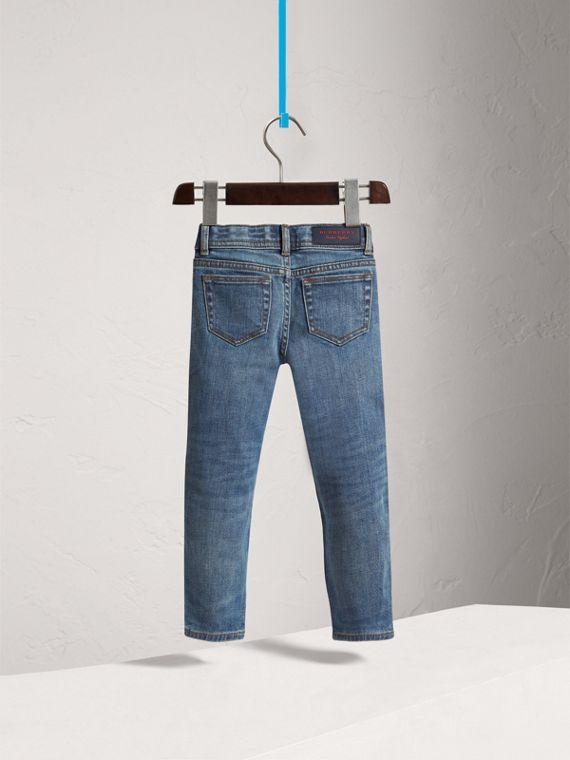 Relaxed Fit Stretch Denim Jeans in Mid Indigo - Girl | Burberry United Kingdom - cell image 3