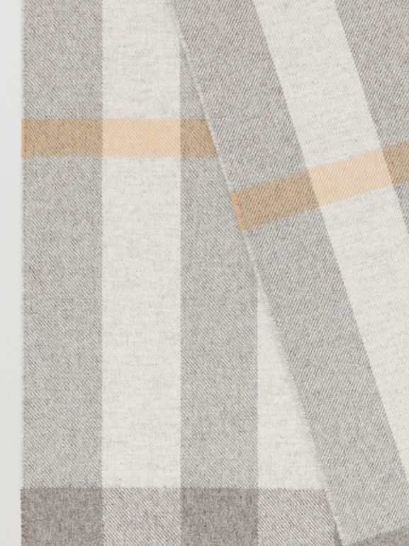 Check Cashmere Scarf in Light Grey | Burberry - cell image 1