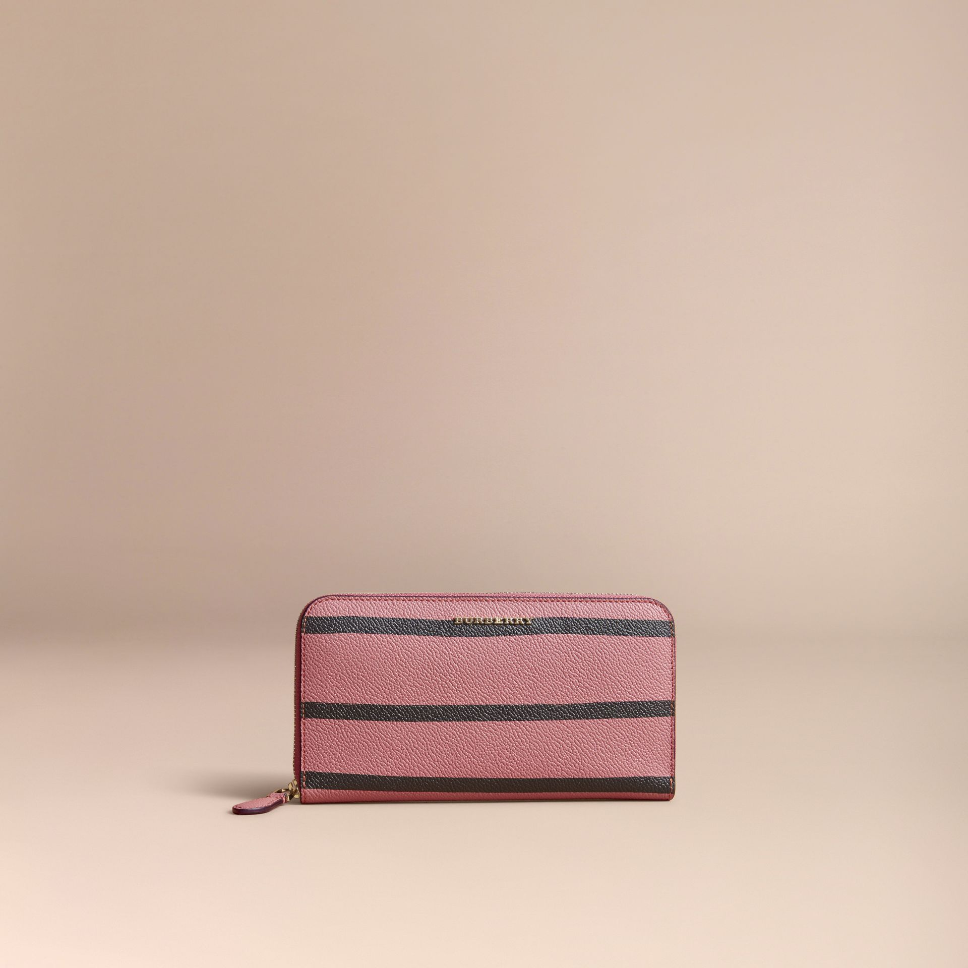 Trompe L'oeil Print Leather Ziparound Wallet in Dusty Pink - Women | Burberry - gallery image 10