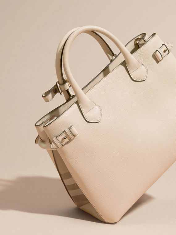 The Medium Banner in Leather and House Check in Limestone - Women | Burberry - cell image 3