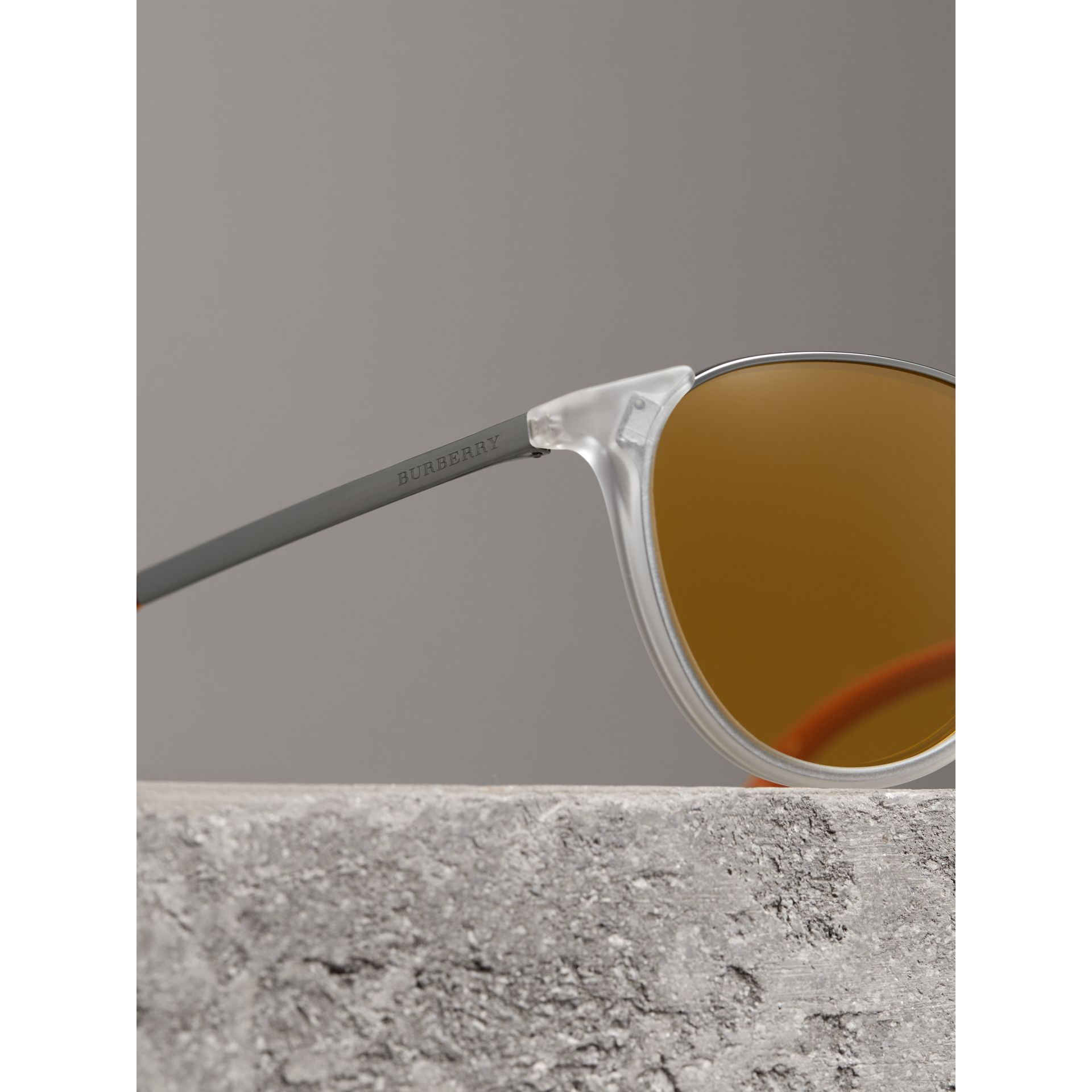 Keyhole Pilot Round Frame Sunglasses in Crystal - Men | Burberry - gallery image 1
