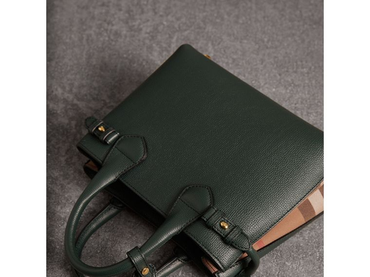The Small Banner in Leather and House Check in Dark Bottle Green - Women | Burberry Hong Kong - cell image 4