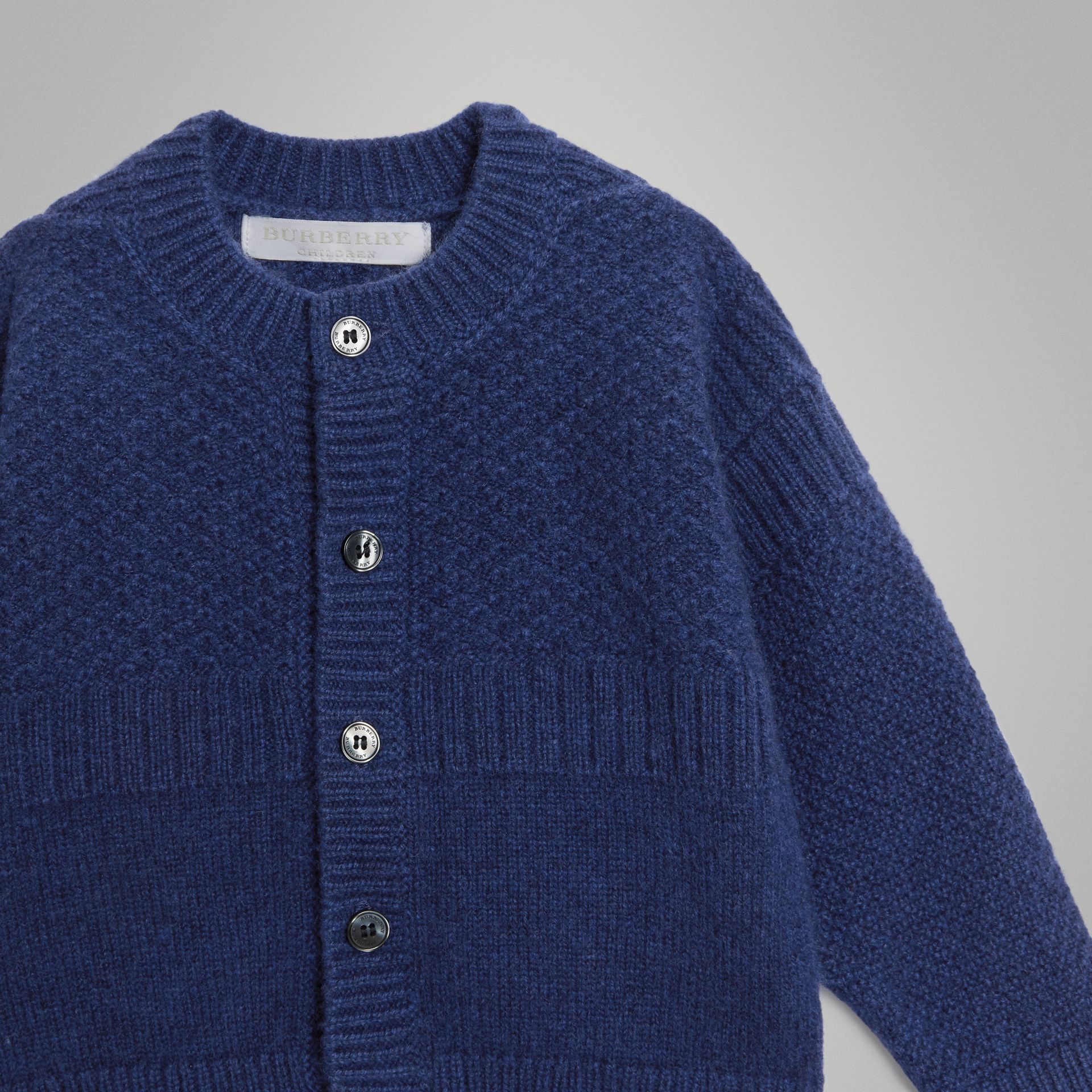 Cashmere and Cotton Three-piece Baby Gift Set in Bright Navy - Children | Burberry - gallery image 6