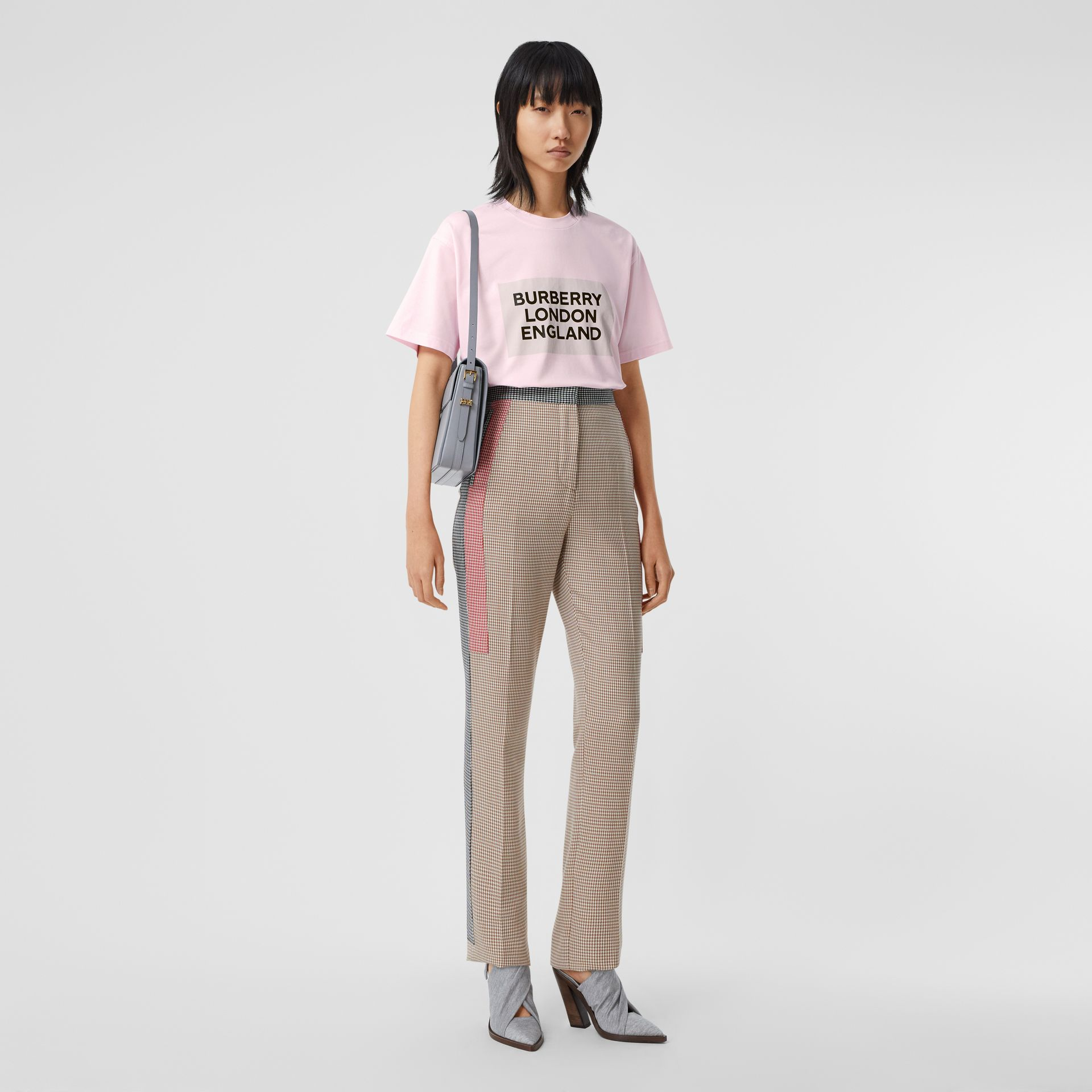 Logo Print Stretch Cotton Oversized T-shirt in Cloud Pink - Women | Burberry Canada - gallery image 0