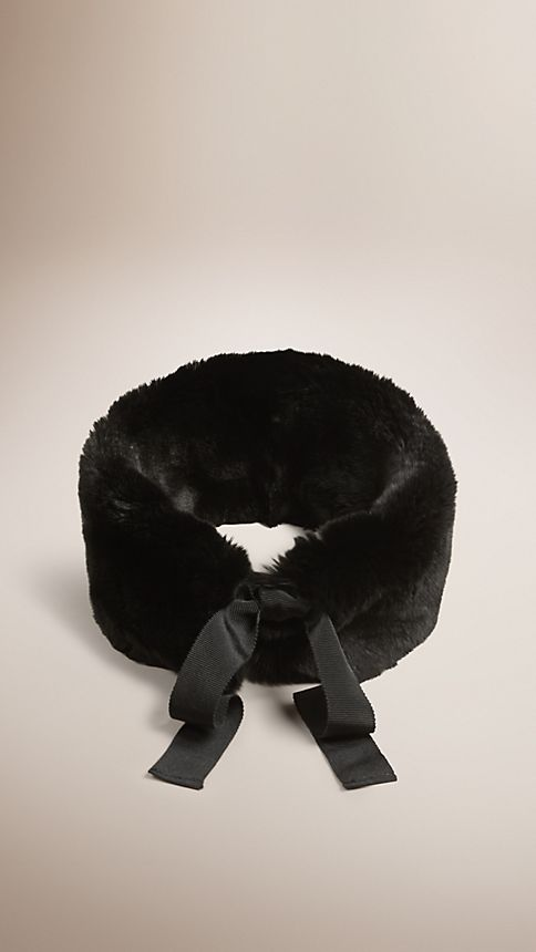 Black Rabbit Fur Collar - Image 1