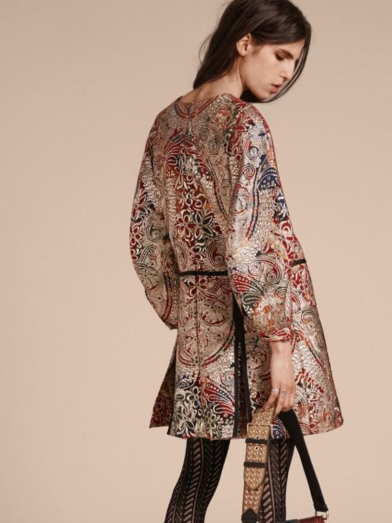 Brun roux Robe à manches sculpturales avec motif floral métallisé en jacquard - cell image 2