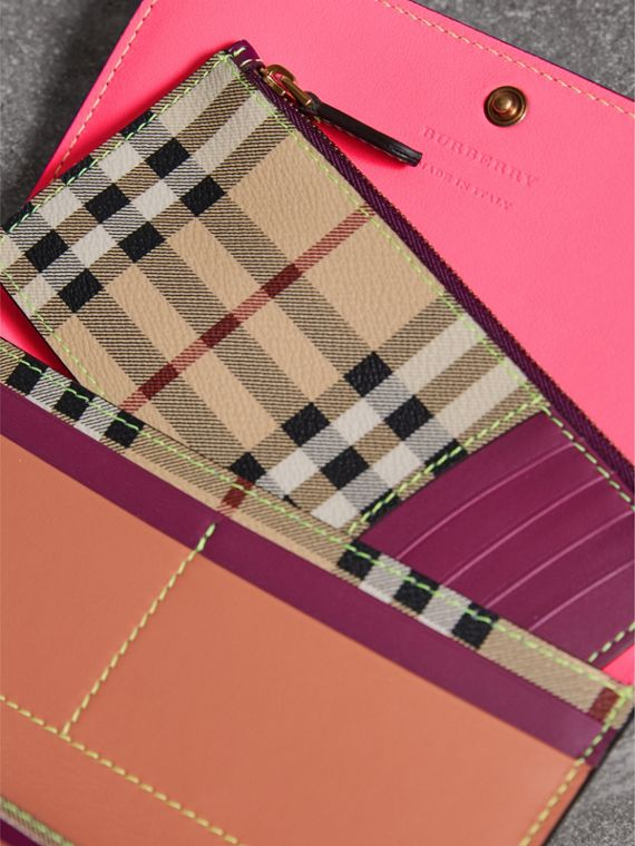 Colour Block Continental Wallet and Coin Case in Parade Red/multicolour - Women | Burberry - cell image 3
