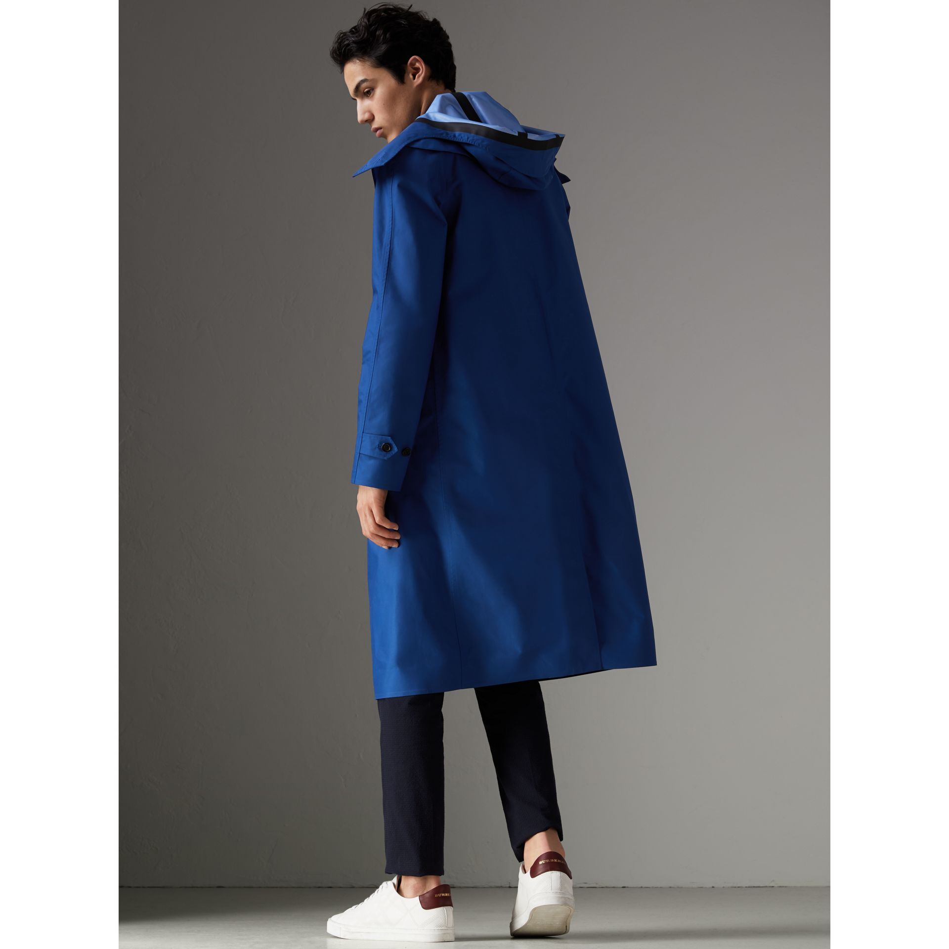 Detachable Hood Showerproof Car Coat in Bright Navy - Men | Burberry United Kingdom - gallery image 2