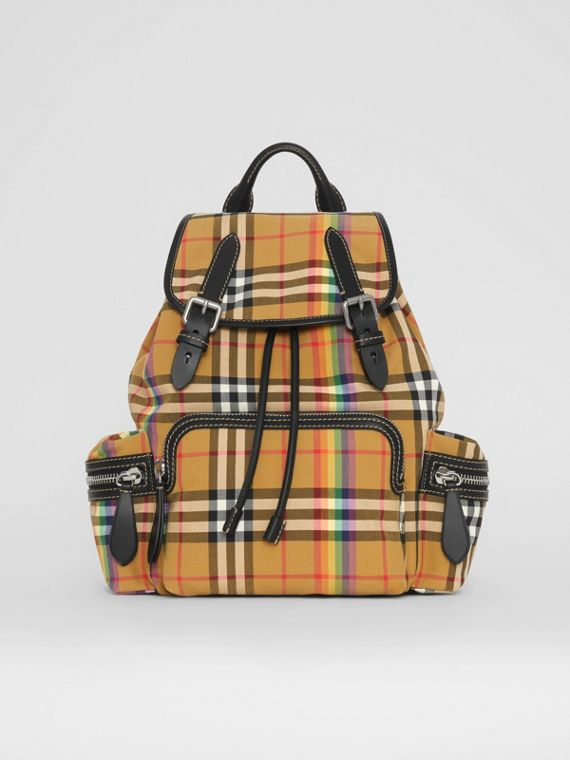 The Medium Rucksack mit Rainbow Vintage Check-Muster (Antikgelb)